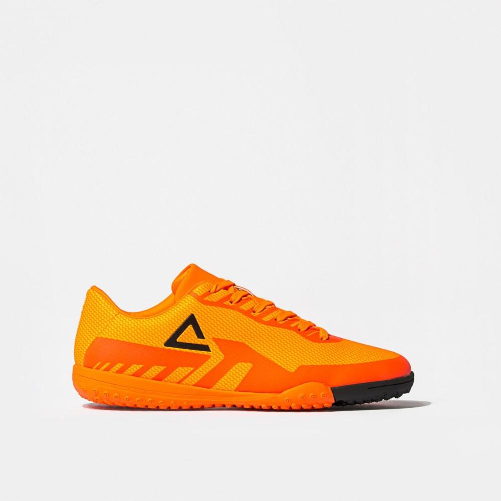 Chaussure football tech Orange